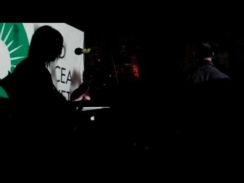 DRACULATRON-We Are Dead Ocean/White Sheets Red 1.23.9 Video