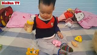 Bé Bin Cho Các Con Vật Uống Sữa / Baby Bin For Animals Drinking Milk / BinBun TV