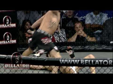 Bellator XI Highlight - Nick Pace Flying Knee KO of Collin Tebo