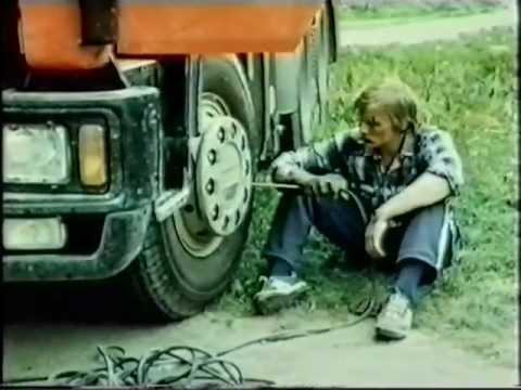 "Фильм ""Стервятники на дорогах"" (1990)"