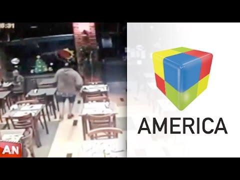 VIDEO: 35 segundos de terror en un bar