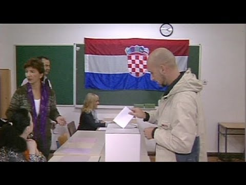 EU on horizon as gloomy Croatia goes to polls