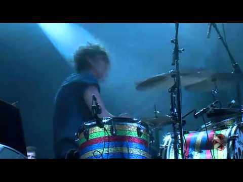 The Black Keys - Lonely Boy (Live Argentina 2013)