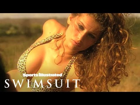 Swim Daily Throwback Thursday: Laetitia Casta