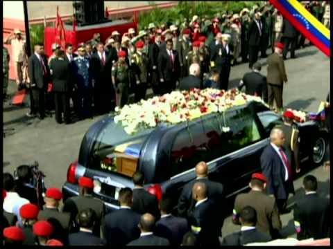 Sepelio del Comandante Chávez parte 7: Sus restos entran al Museo Histórico en 23 Enero