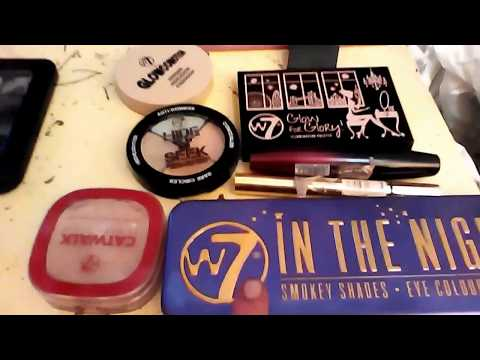 W7 cosmetics review. The good the bad and the foundation