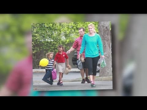 Lindsay Vonn Takes Tiger Woods' Kids to School - Splash News