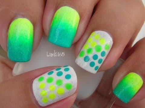 Nail Art - Neon Dots