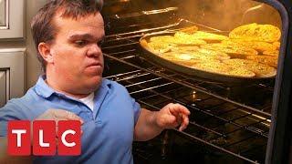 Trent quase bota fogo na cozinha! | Os Pequenos Johnstons | TLC Brasil