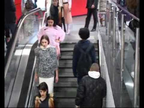 Guerilla Fashion show in Subway