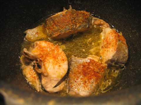 Merluza al ajo y pimentón