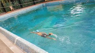 Swimming practice(1)