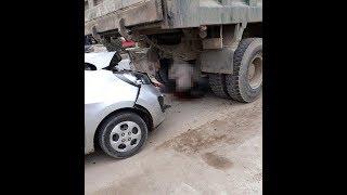 sửa xe bên đường cho xe Ben, thợ sửa xe bất ngờ bị ô tô khác đâm tử vong tại chỗ