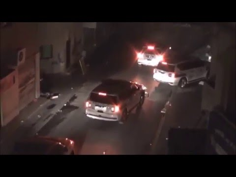 Bahrain : Riot Police Chase and Try To RunOver The Protesters