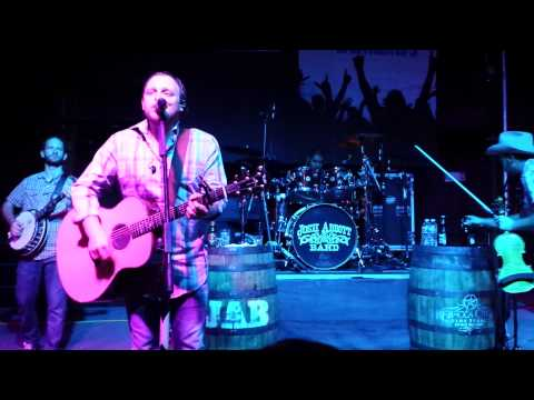Josh Abbott Band- Hangin Around,  Mesa AZ 8/1/14