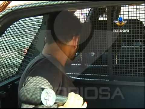 Condutor inabilitado é preso com moto clonada