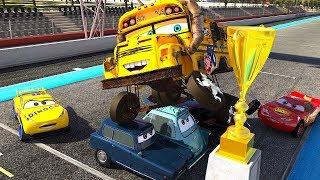 CARS Famous Race Track Racing Miss Fritter vs Lightning McQueen Jackson Storm & Cruz Ramirez PART 6