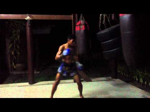 2 x Raja Stadium Champ Pram Baan Muay Thai, Boxing training 172.MOV Image 1