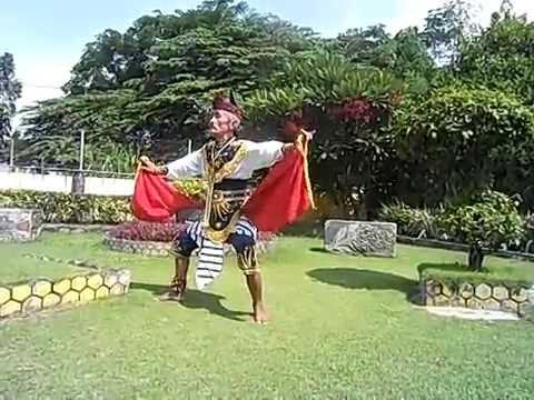 (4) Tari Remo Kakek Masduki Usia 80 Tahun Dari Bangkalan Madura video