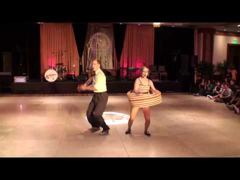 ILHC 2011 - Classic Lindy - Skye Humphries & Frida Segerdahl - 1st Place