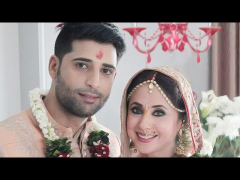 Hot! Urmila Matondkar Ties The Knot With Mohsin Akhtar Mir!