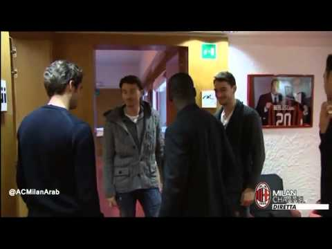 Clarence Seedorf introduces himself to AC Milan players at Milanello 1