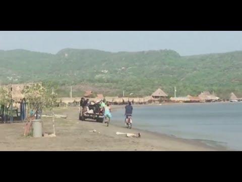 Con sabor costeño, Shakira y Carlos Vives graban 'La bicicleta'