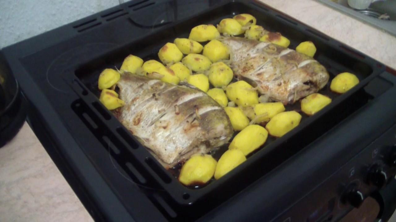 Как приготовить рыбу с картошкой в духовке рецепт пошагово в