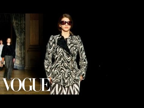 Fashion Show - Dries Van Noten: Fall 2011 Ready-to-Wear