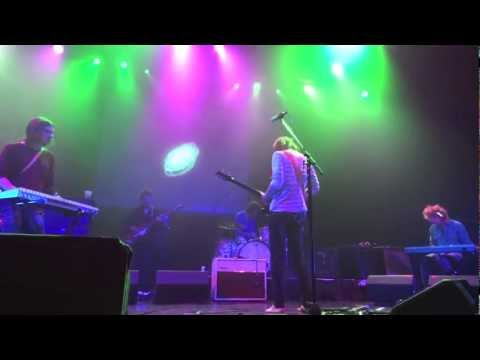 TAME IMPALA - APOCALYPSE DREAMS w/ TOE JAM live @ house of blues BOSTON 03-12-13
