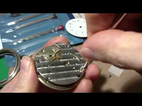 Taking apart a Waltham pocket watch. Part 2 of 2