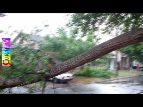 Furtună în două reprize la Buiucani și în Centru