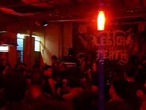 Aggressive Defloration - Cuando Los Muertos Renacen.mpg video
