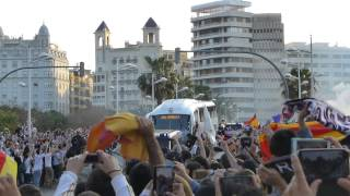 Recibimiento autocar Real Madrid. Final Copa 2014