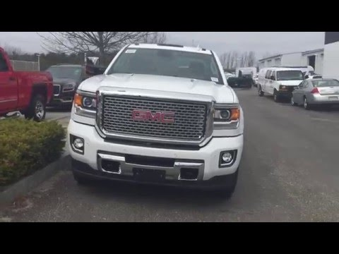 2016 GMC Sierra 2500HD Duramax Denali - Quick Look