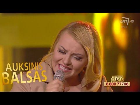 """K. Jatautaitės ir R. Kirilkino duetas atliko L. Adomaičio dainą """"Saulės pėdomis"""""""