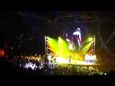 Key Arena: Keith Urban - Jack and Diane w/ Jake Owen
