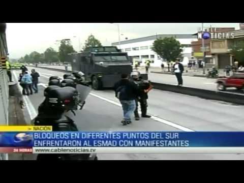Bloqueos en Transmilenio generaron enfrentamientos estre ESMAD y manifestantes
