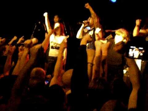 Agnostic Front - Gotta Go w/ girls on stage - Bratislava 30.3.2010