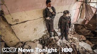 Video: Iraq, Mosul: Killing Rooms Filled With Bodies - Vice News