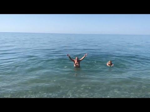 🏖 Мои Родители открыли Купальный Сезон в Пасху‼️ Пляж Кудепсты. 🏊🏻♂️ Сочи