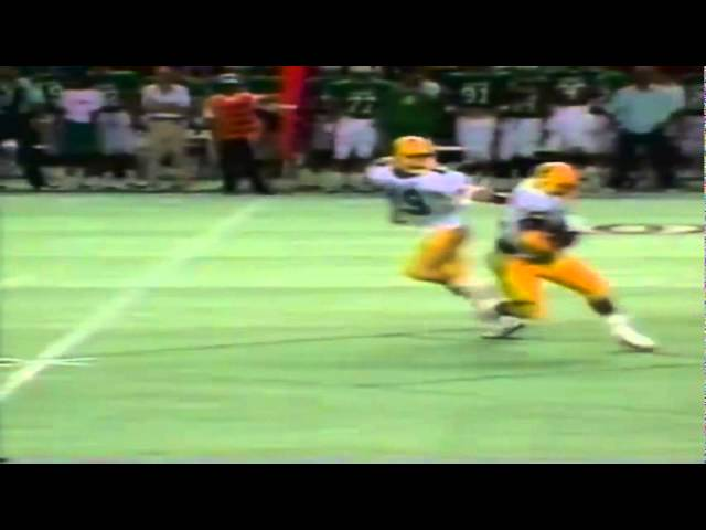 Oregon FB Latin Berry dishes out a wicked stiff-arm vs. Hawaii 12-03-1988