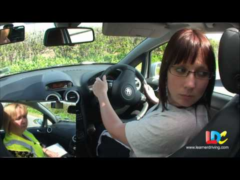 UK Driving Test 4/6
