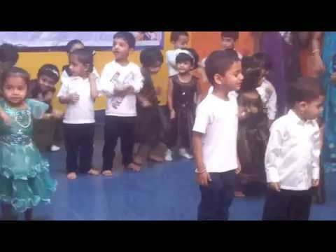 Chicken Dance Cutest Kids video