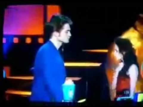 Funny Interview Moments with Robert Pattinson (10)