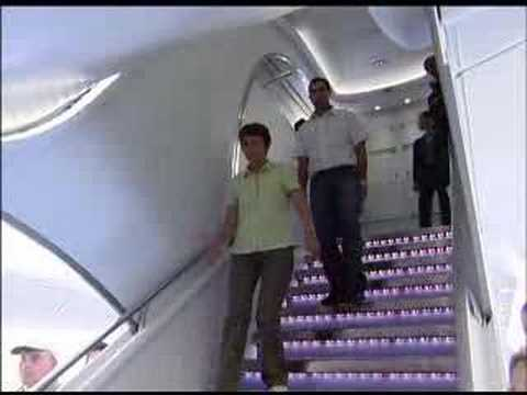 Airbus A380 first flight with passengers Video