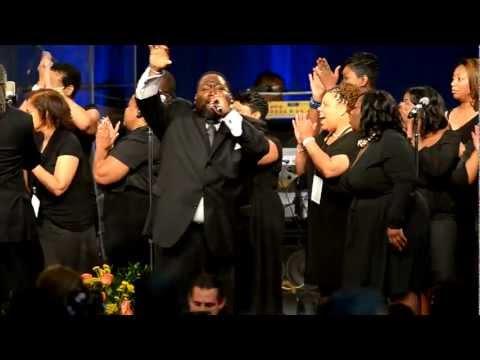 Isaiah Thomas and choir perform at Chuck Brown Memorial