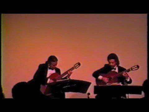 Odeum Guitar Duo - Ferdinand Carulli - Serenade Op. 96, No. 3 - Largo - Allegro moderato (1st movt.)