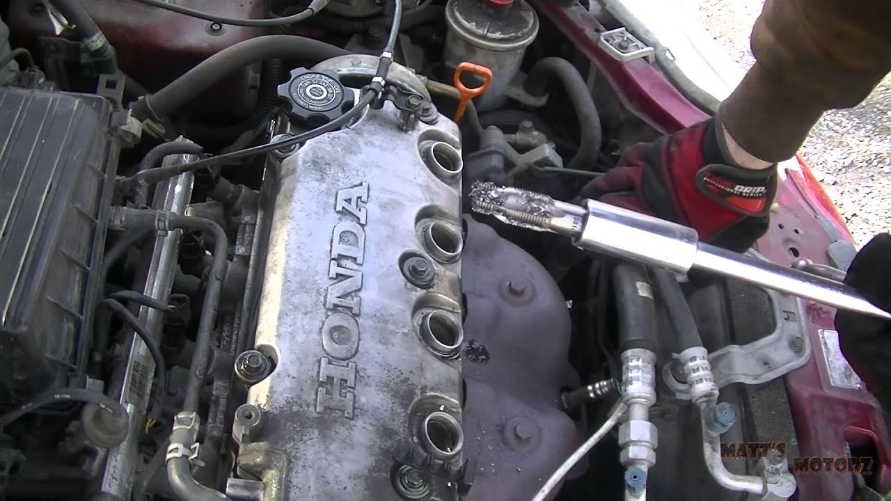 Repairing Stripped Out Sparkplug Threads Youtube