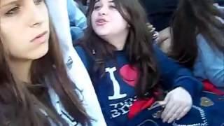 Justin Bieber Video - Justin Bieber saludando desde su camioneta en Argentina